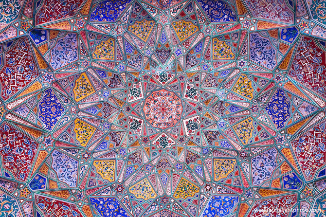 beautiful-mosque-ceiling-251__880_670