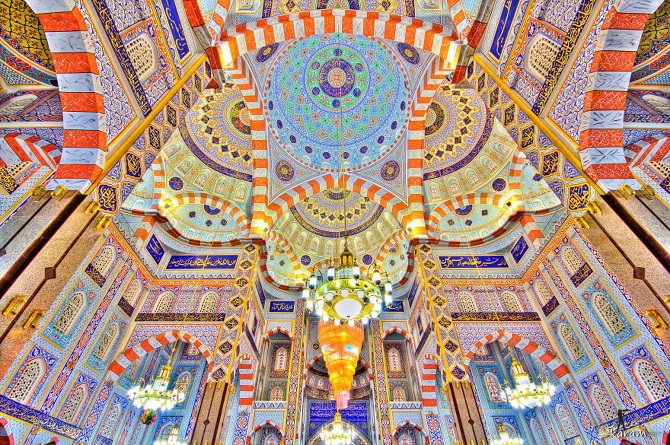 beautiful-mosque-ceiling-44__880_670