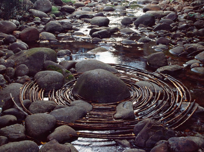 tw_land-art-goldsworthy10_670